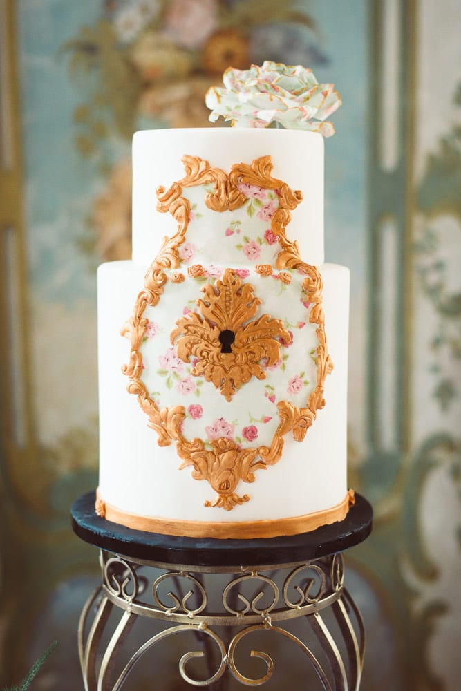 romantische hochzeit im schloss torte